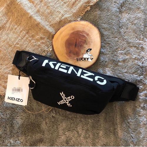 Foto Produk Kenzo Logo Crossover Bumbag In Black - ORIGINAL 100% dari LuckyWarehouse