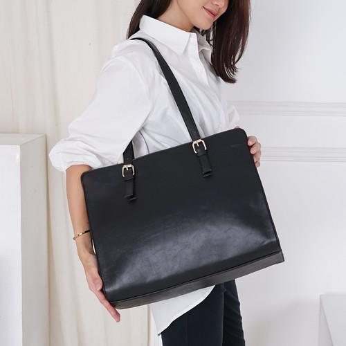 Foto Produk CLASSIC BAG tas laptop wanita - Hitam L dari WiVE ID