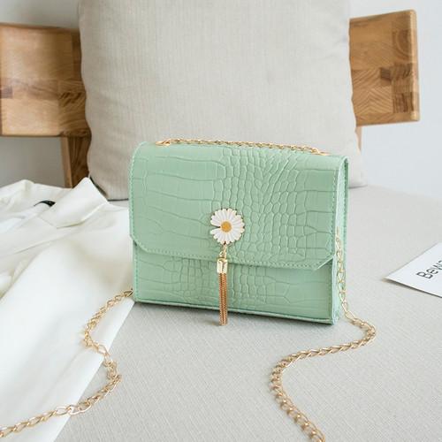 Foto Produk Tas Selempang Wanita Bunga Daisy Flower Tassel Croco Bag Impor TAS030 - Hijau dari lomenia