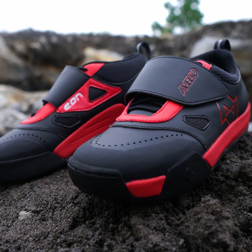 Foto Produk Sepatu All Mountain Avelio, Sepatu AM, Sepatu MTB - 43 dari sixteengear
