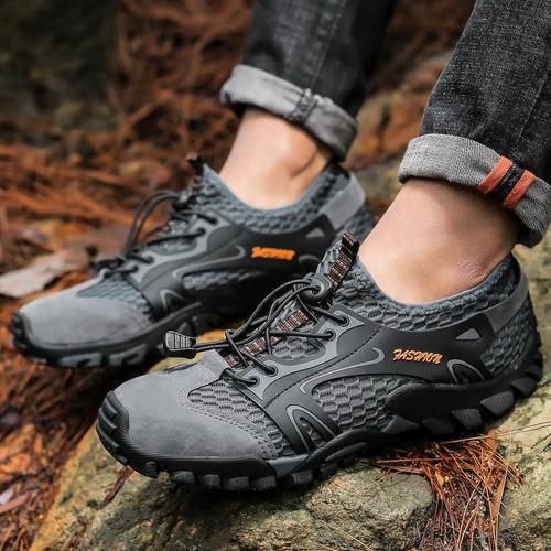 Foto Produk Outdoor Shoes / Trekking Shoes / Sepatu Gunung dari Yoi. store