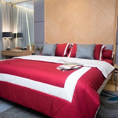 Foto Produk Sleep Buddy Morgan Scarlet Set Sprei dan Bed Cover - Extra King Size dari Sleep Buddy Bedding