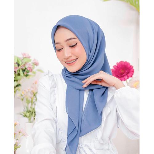 Foto Produk Hijab Ellysha CLOUDY CHIC HIJAB SQUARE DENIM BLUE dari Hijab Ellysha Official
