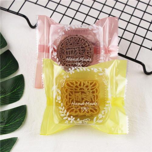 Foto Produk plastik nastar, mooncake , 9x11 motif handamade dari nanabakehouse