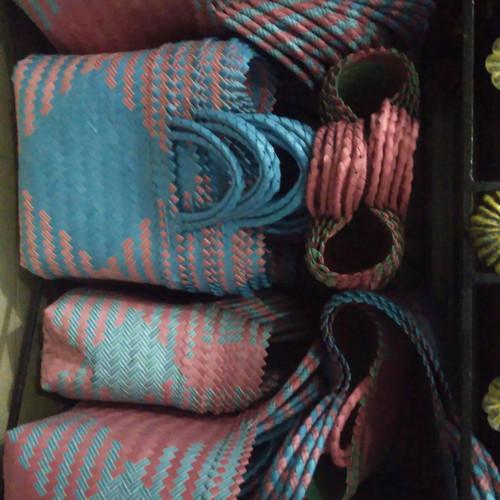 Foto Produk tas anyaman plastik ready stock Jakarta dari beebeeonlineshop
