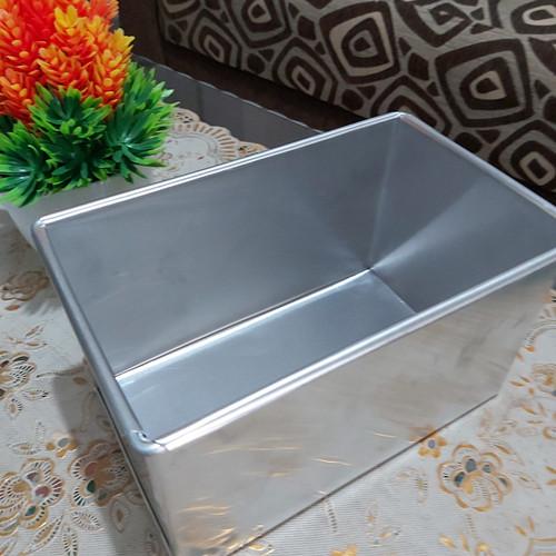 Foto Produk loyang roti tawar tanpa tutup 20×10×10 dari Loyang Rizqi Jaya