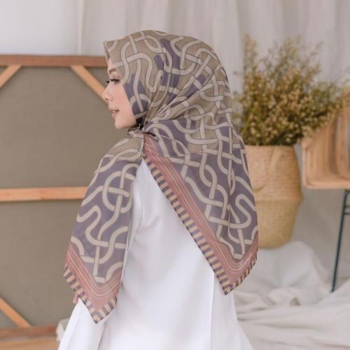 Foto Produk Hijab Segi Empat Deenay Kw Motif My Lady Terbaru Jalit dari aokyhijab