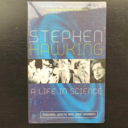 Foto Produk Stephen Hawking - A Life in Science dari Delicia Mandy Reads