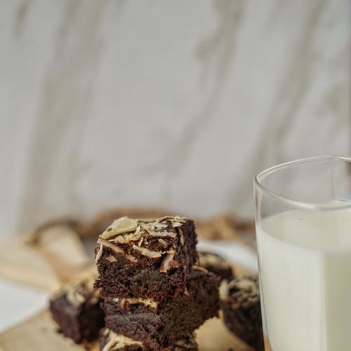 Foto Produk Brownies Keju dari Hayu Makan!