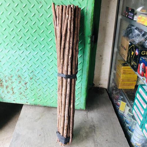 Foto Produk Kayu Asem Untuk Angkringan Burung 60 Cm dari Graha Pakan dan Pancing