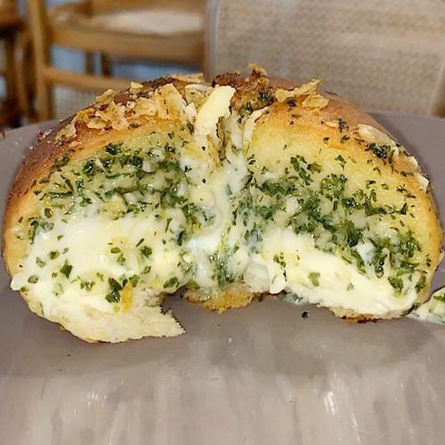 Foto Produk Garlic Cheese Bread by UNBAKES - Original, 3 HARI LAGI dari Un Bakes