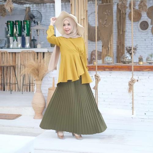 Foto Produk [REAL PICTURE] LEDI PLAIN TOP HAZELNUT IMPORT TANAH ABANG PGMTA METRO - Lime dari FaVia Shop