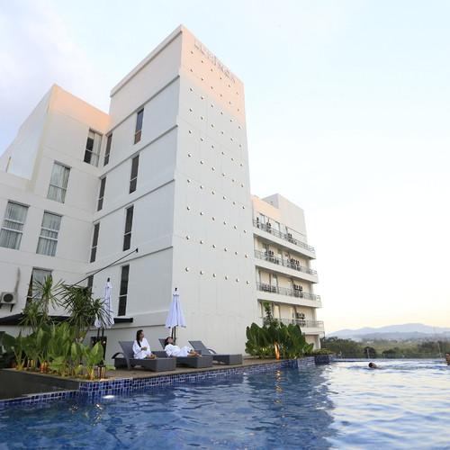 Foto Produk Voucher Hotel Luminor Alun Alun - Purwokerto - XL dari Waringin group