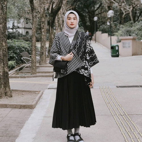 Foto Produk Outer Tenun Kemilau Dakara Indonesia dari Dakara Indonesia