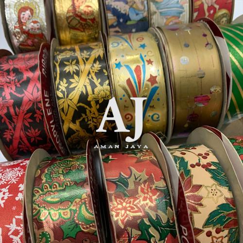 Foto Produk Pita Natal / Pita Kado Motif Merry Christmas 3 cm dari PD-AmanJaya