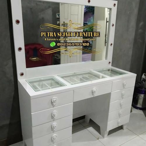Foto Produk Meja rias lampu duco minimalis modern dari Putra Sejati Furniture