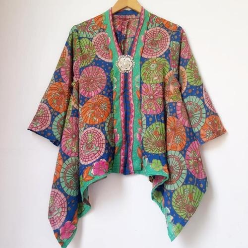 Foto Produk Batwing blouse batik Kartini modern dari Batik Sri