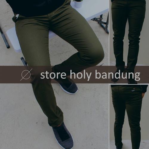 Foto Produk celana panjang chinos pria original distro bandung moonty dari StoreHolly
