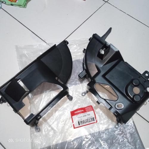 Foto Produk tutup blok mesin honda beat esp scoopy esp sepasang original ahm dari Gabu Online