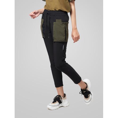 Foto Produk Celana Panjang Wanita resilen Utilitarian Cargo Pants Army Black - M dari resilen