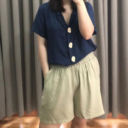 Foto Produk Raven Basic Rayon Short - Pistachio dari aleiawear