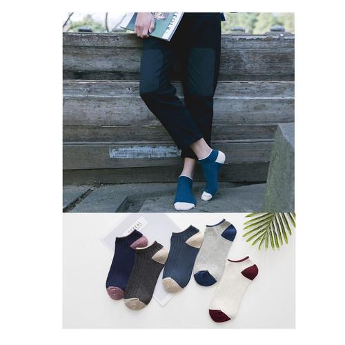 Foto Produk KK42 Kaos Kaki Pria Casual Fun Men Socks dari EnnWen Online Store