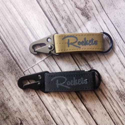 Foto Produk Rockets carabiner tactical / key chain / strap hook - Hitam dari ROCKETS MISSION