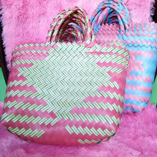 Foto Produk Tas Anyaman Plastik Tas belanja Pasar LURIK tas pasar Tas souvenir - KECIL dari Wahid bakulan