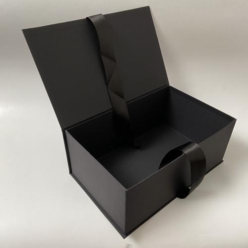 Foto Produk Hard box besar/ Gift Box / kotak seserahan / kotak kado - 24,5x15x8 dari Indocraft & souvenir