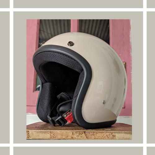 Foto Produk helm retro cream dari kliwonOnline