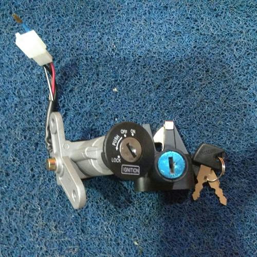 Foto Produk Kunci kontak set + kunci sadel f1zr force vega kaze alfa vega r dari Renwick Mtr