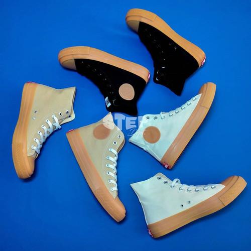 Foto Produk Sepatu Warrior Neo Sparta Gum High - Hitam, 37 dari Step Dept