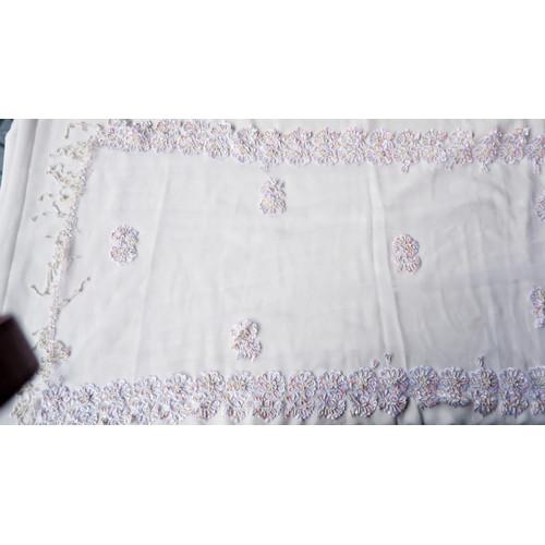 Foto Produk Selendang/Kerudung Pengantin Payet Handmade Putih Premium White-Bordir dari jakahong studio