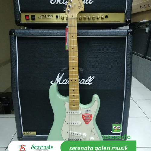 Foto Produk Fender American Special Stratocaster, Made In USA dari Serenata Galeri Musik
