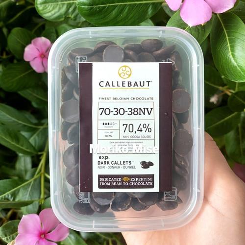 Foto Produk callebaut dark callets / callebaut extra bitter 70,5% repack 200 gr - 100 gr dari Moriko Mise