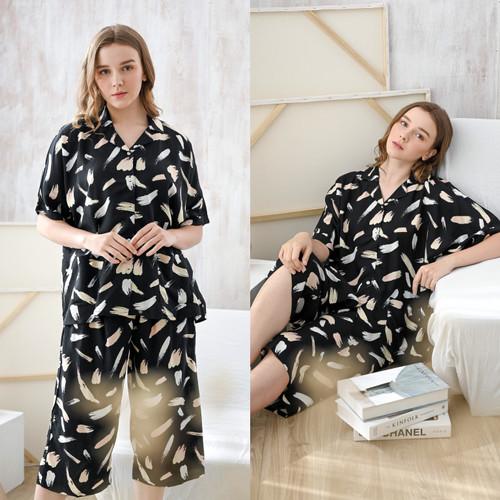 Foto Produk Kaia Set in Black Brush - Sleepwear / Piyama Baju Tidur Rayon by RAHA dari Raha Sleepwear