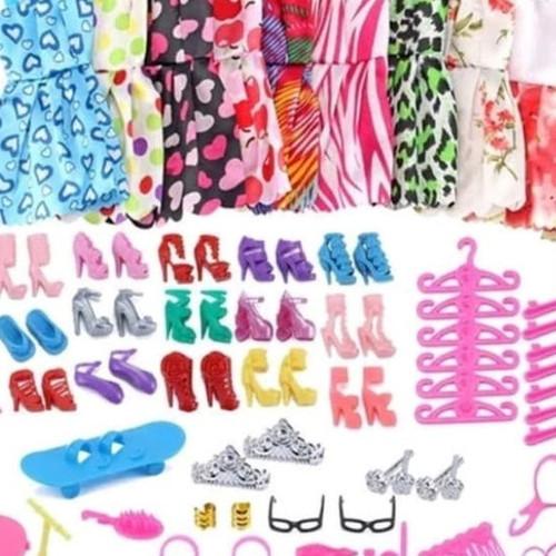 Foto Produk Paket 10 baju barbie 10 aksesoris barbie 10 sepatu barbie dari Haji Toys
