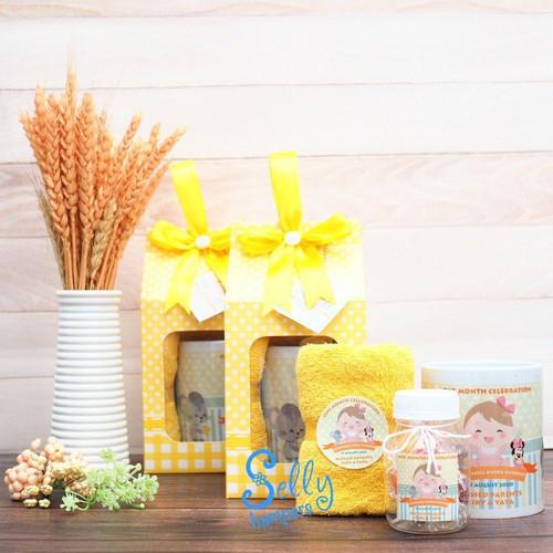 Foto Produk Souvenir Emily/Souvenir Baby One Month/hampers/souvenir aqiqah/manyue dari Selly Hampers