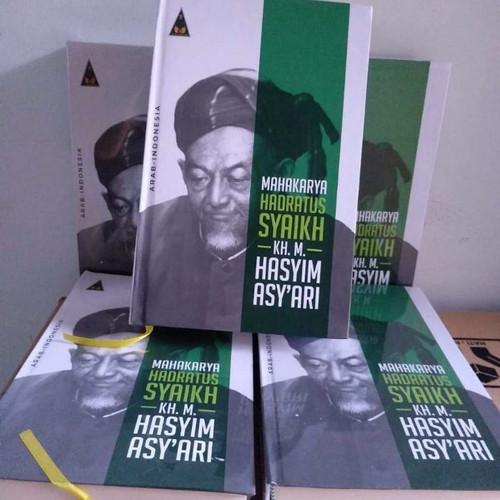 Foto Produk Mahakarya Hadratussyaikh - Kumpulan Karya Hasyim Asyari Arab-Indonesia dari NgajiKyai Store