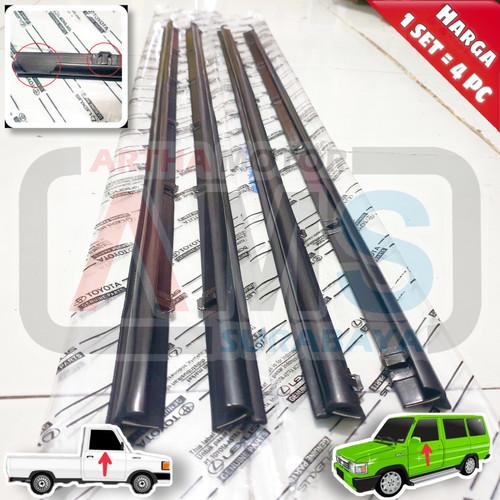 Foto Produk Pelipit list moulding kaca wheater Strip Kijang Super Grand Depan 1set dari ARTHA MOTOR SURABAYA