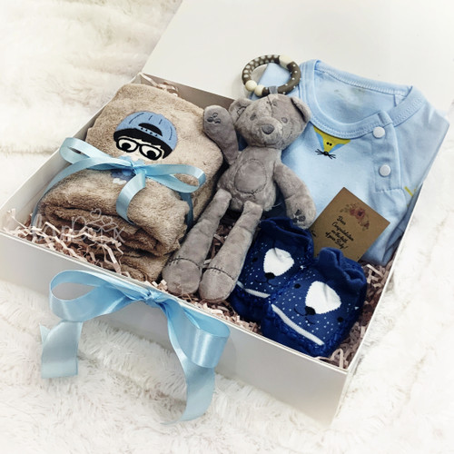 Foto Produk Newborn Baby Boy (Towel) Gift Box   Kado Lahiran   Hampers Bayi dari LoveBoxGiftBox