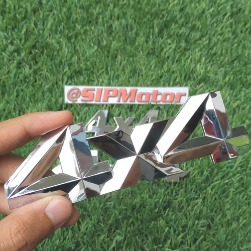 Foto Produk Emblem Logo 4x4 Four by Four Chrome dari SIPMotor