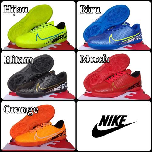 Foto Produk Sepatu Futsal Anak Nike Size: 28-32 - Hitam, 30 dari Raffa-Sport
