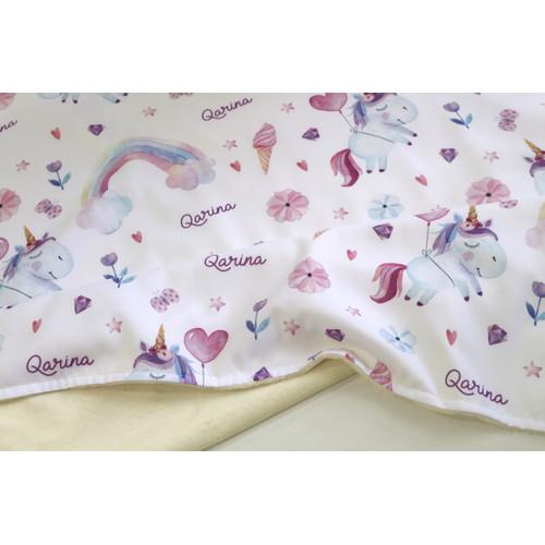 Foto Produk baby gift set selimut bayi custom nama dan wet bag motif unicorn dari yuumau