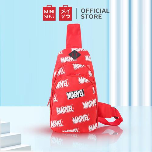 Foto Produk MINISO Marvel Tas Selempang Pria Crossbody Chest Bag Fashion untuk Sek - Merah dari Miniso Indonesia