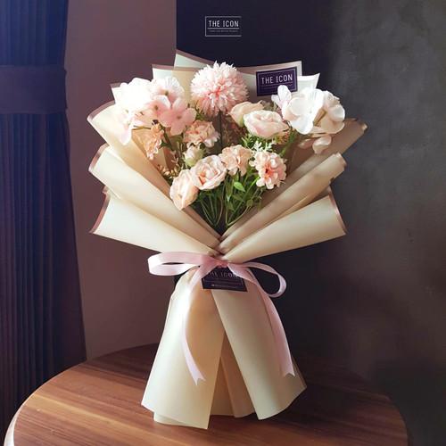 Foto Produk Pink Mix Artificial Flower Bouquet | Buket Bunga Palsu Ulang Tahun - Merah Muda dari theiconbouquet