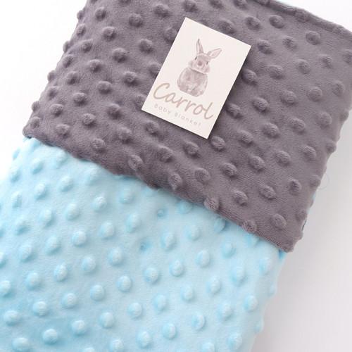 Foto Produk Double Sided Minky Blanket Light Blue - Soft grey   selimut lembut - minky dark grey dari carrolbabyofficial