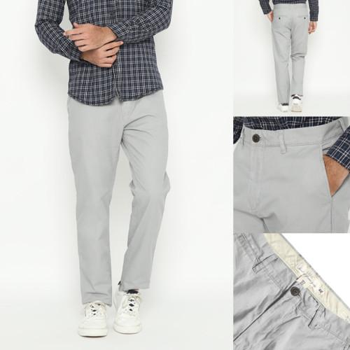 Foto Produk Celana H&M Slim Fit Cotton Twill Chino Light Grey Original HnM Panjang - 28 dari OTOMO Store