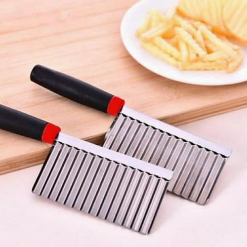 Foto Produk Pisau Ulir Pemotong Kentang Alat Dapur Pisau Potong Model Gelombang Un dari NQ-Shop77