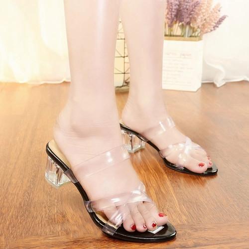 Foto Produk Series R 53 Hak kaca 5 cm - Sandal Heels Wanita Premium Terbaru - Hitam, 39 dari davis official